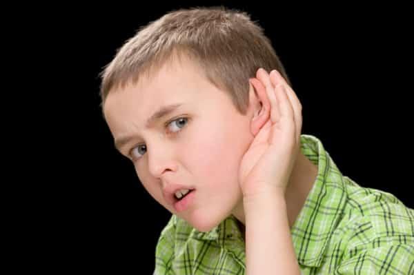 bệnh điếc một bên tai